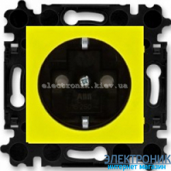 Розетка с заземлением и шторками ABB Levit желтый/дымчатый