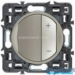 Светорегулятор Legrand Celiane 600Вт с лицевой панелью Титан