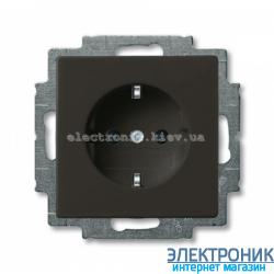 Розетка SCHUKO со шторками ABB Basic 55 шато черный