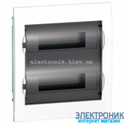 Щит Schneider-Electric Easy9 встроенный 24 модуля прозрачная дверь IP40