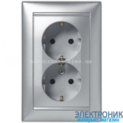 Розетка электрическая двойная с заземлением Легран Валена (алюминий)