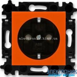 Розетка с заземлением и шторками ABB Levit оранжевый/дымчатый